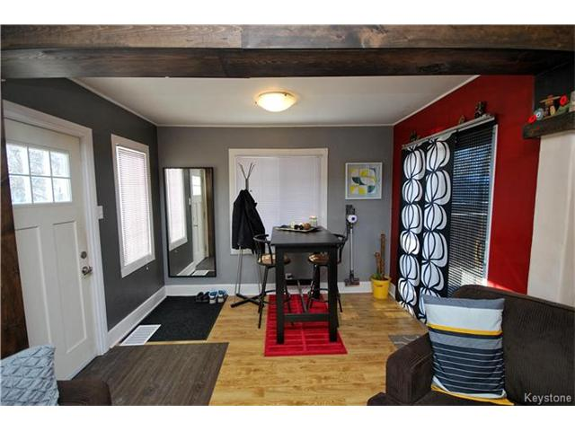 Photo 5: 27 Harrowby Avenue in Winnipeg: St Vital Residential for sale (2D)  : MLS(r) # 1701710