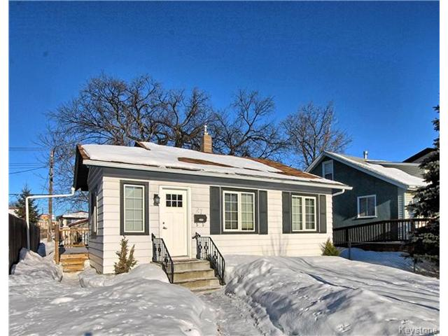 Main Photo: 27 Harrowby Avenue in Winnipeg: St Vital Residential for sale (2D)  : MLS(r) # 1701710