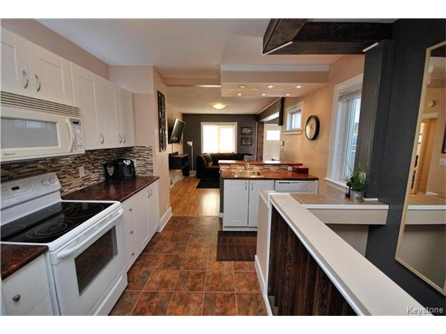 Photo 8: 27 Harrowby Avenue in Winnipeg: St Vital Residential for sale (2D)  : MLS(r) # 1701710