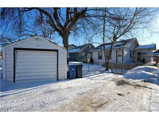 Photo 16: 27 Harrowby Avenue in Winnipeg: St Vital Residential for sale (2D)  : MLS(r) # 1701710