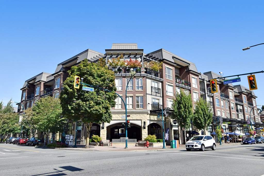 Main Photo: 215 2627 SHAUGHNESSY STREET in Port Coquitlam: Central Pt Coquitlam Condo for sale : MLS(r) # R2148005