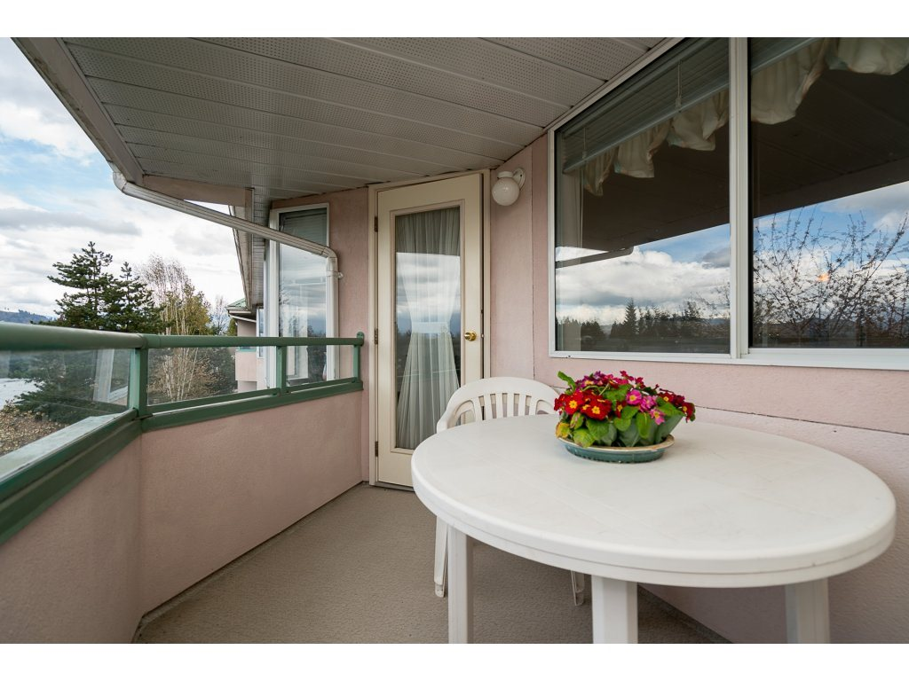 Photo 17: 435 33173 OLD YALE ROAD in Abbotsford: Central Abbotsford Condo for sale : MLS® # R2158027