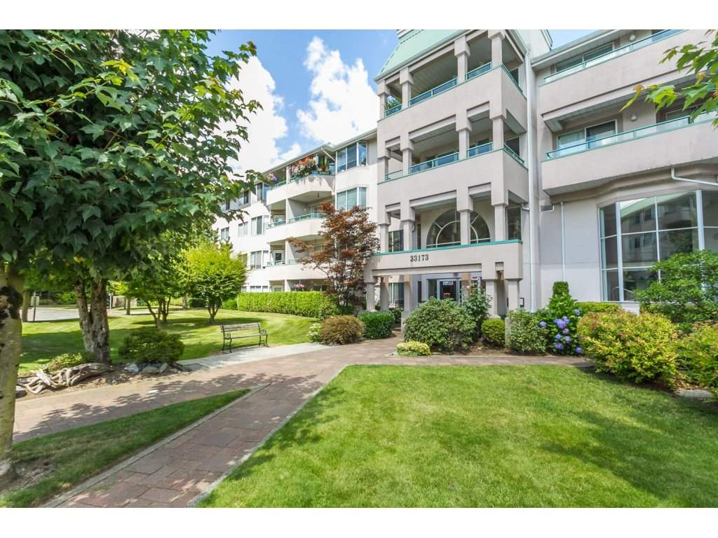 Main Photo: 435 33173 OLD YALE ROAD in Abbotsford: Central Abbotsford Condo for sale : MLS® # R2158027