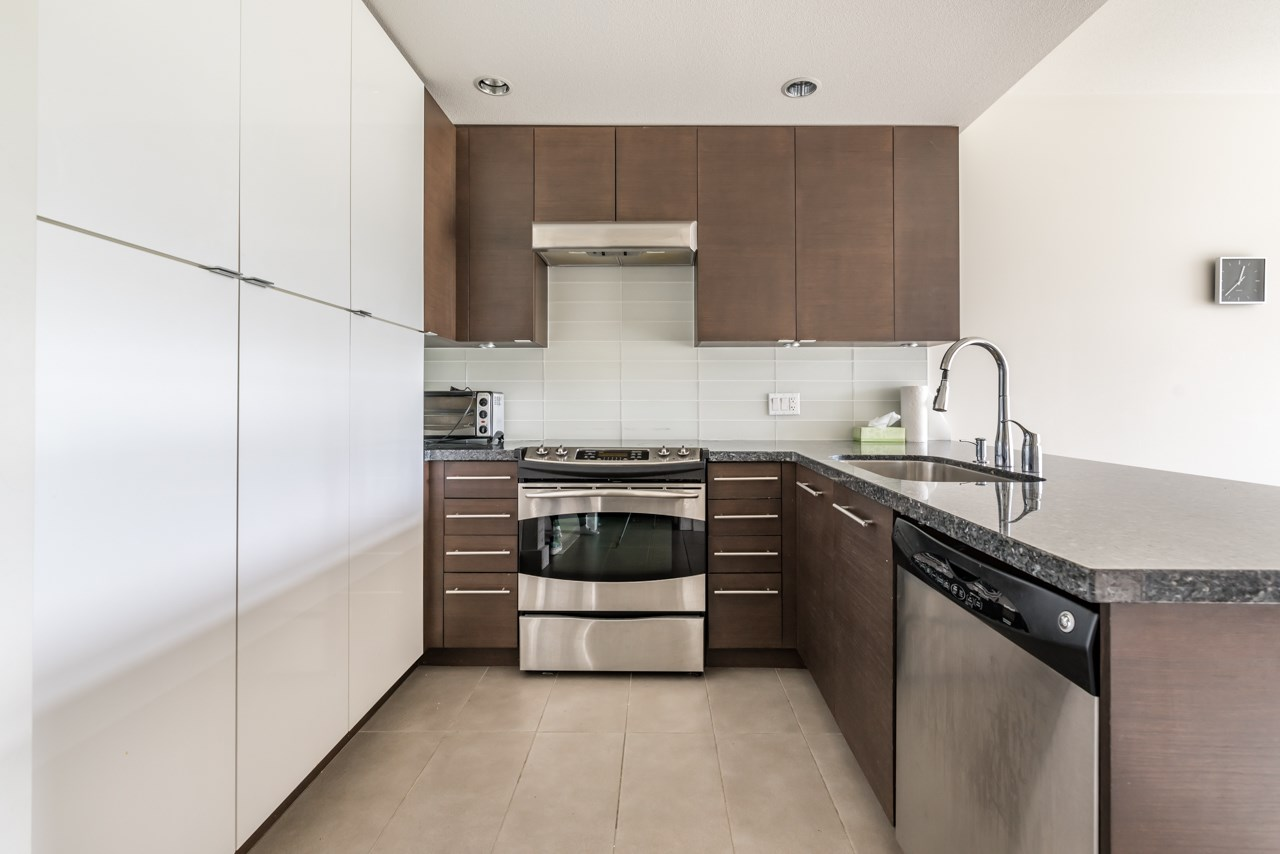 Main Photo: 409 5928 BIRNEY AVENUE in Vancouver: University VW Condo for sale (Vancouver West)  : MLS® # R2175135