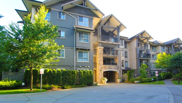 "Main Photo: 411 2958 WHISPER Way in Coquitlam: Westwood Plateau Condo for sale in ""SUMMERLIN AT SILVER SPRINGS"" : MLS® # R2190001"