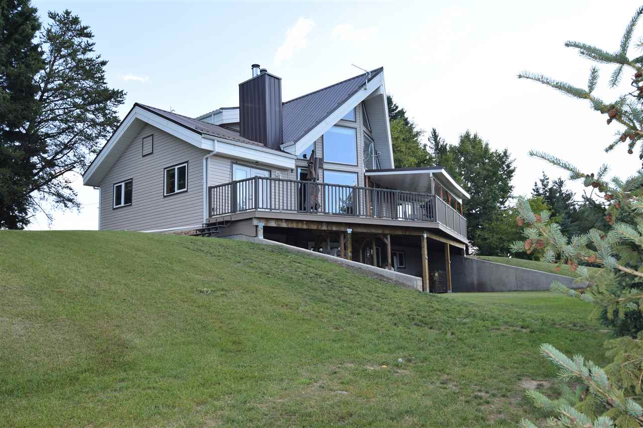 Main Photo: 58514 RR 232: Rural Thorhild County House for sale : MLS® # E4079032