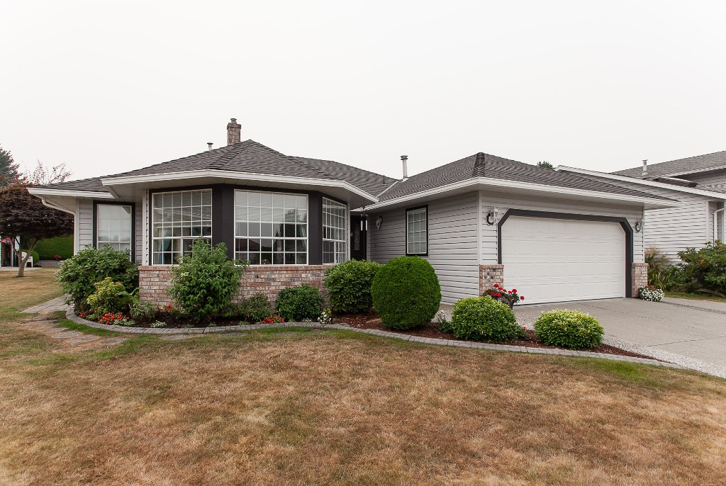 Photo 2: 33540 NORTHVIEW Place in Abbotsford: Central Abbotsford House for sale : MLS® # R2201883