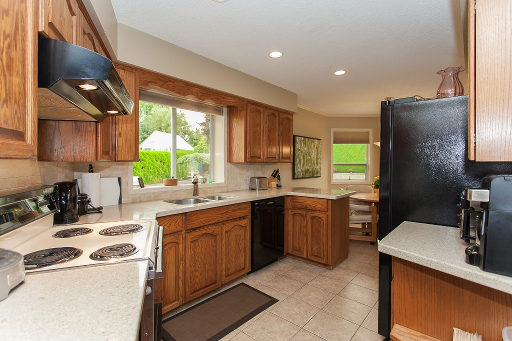 Photo 19: 33540 NORTHVIEW Place in Abbotsford: Central Abbotsford House for sale : MLS® # R2201883