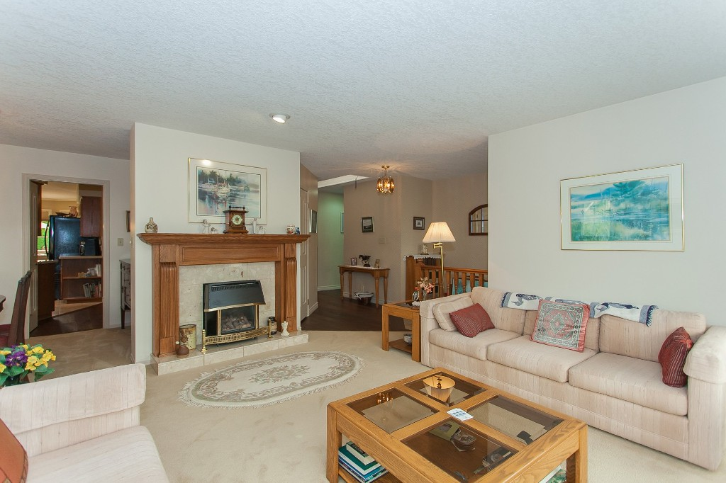 Photo 10: 33540 NORTHVIEW Place in Abbotsford: Central Abbotsford House for sale : MLS® # R2201883