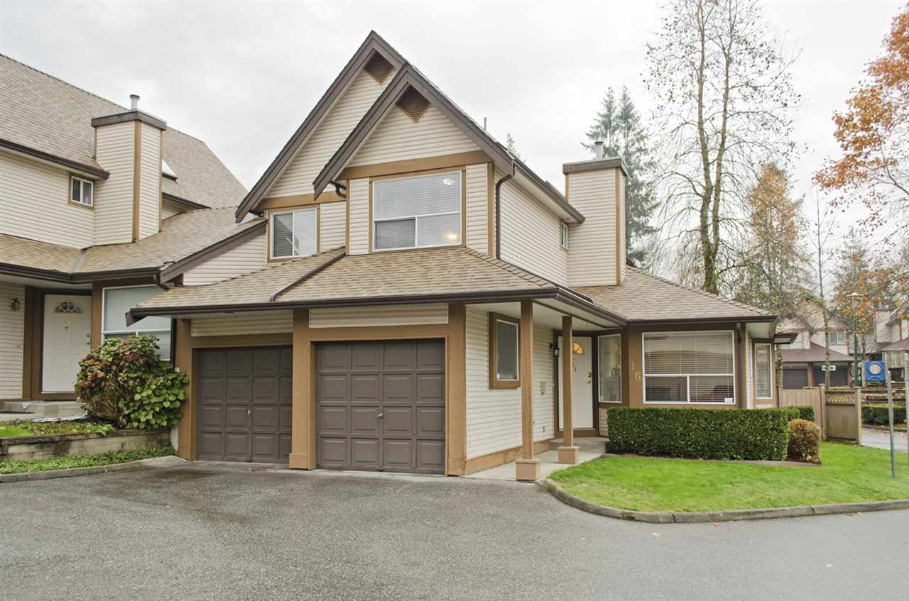"Main Photo: 16 23151 HANEY Bypass in Maple Ridge: East Central Townhouse for sale in ""STONEHOUSE ESTATES"" : MLS®# R2221490"