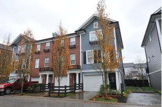 "Main Photo: 27 19572 FRASER Way in Pitt Meadows: South Meadows Townhouse for sale in ""COHO II"" : MLS® # R2222063"