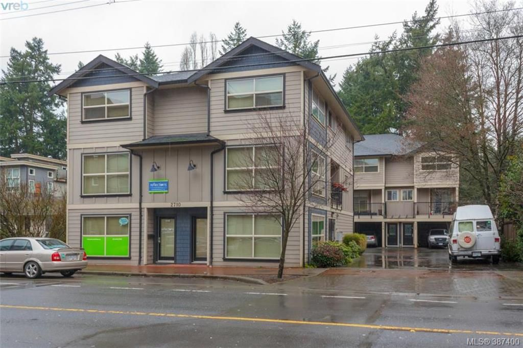 Main Photo: 106 2710 Peatt Road in VICTORIA: La Langford Proper Townhouse for sale (Langford)  : MLS® # 387400