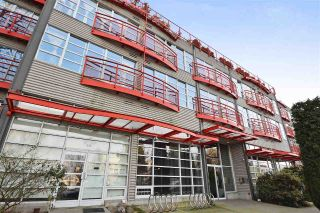 "Main Photo: 122 350 E 2ND Avenue in Vancouver: Mount Pleasant VE Condo for sale in ""MAINSPACE"" (Vancouver East)  : MLS® # R2241675"