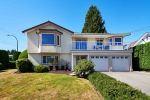Main Photo: 1313 KENT Street: White Rock House for sale (South Surrey White Rock)  : MLS® # R2247983