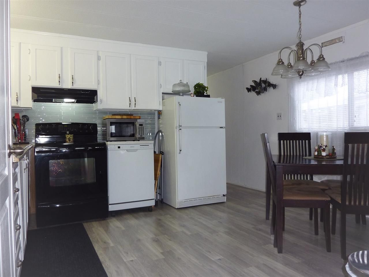 Main Photo: 903 West Coast Place in Edmonton: Zone 59 Mobile for sale : MLS® # E4101542