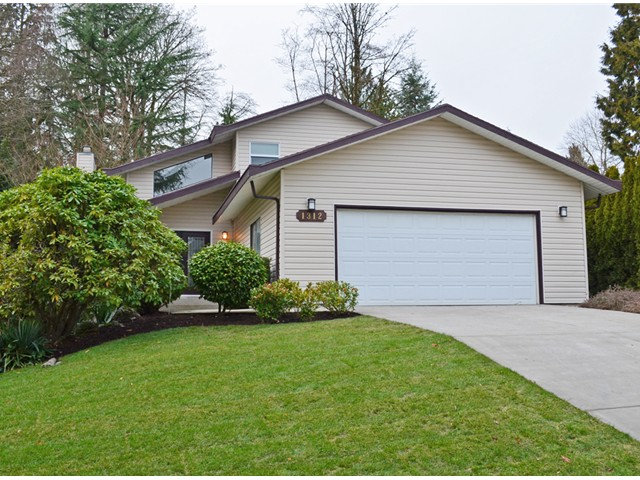 "Main Photo: 1312 LANSDOWNE DR in Coquitlam: Upper Eagle Ridge House for sale in ""EAGLERIDGE"" : MLS® # V1039751"