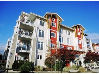 "Main Photo: 208 4211 BAYVIEW Street in Richmond: Steveston South Condo for sale in ""THE VILLAGE"" : MLS(r) # V1053914"