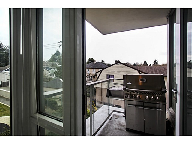 "Photo 15: 301 2528 MAPLE Street in Vancouver: Kitsilano Condo for sale in ""The PULSE"" (Vancouver West)  : MLS® # V1057643"