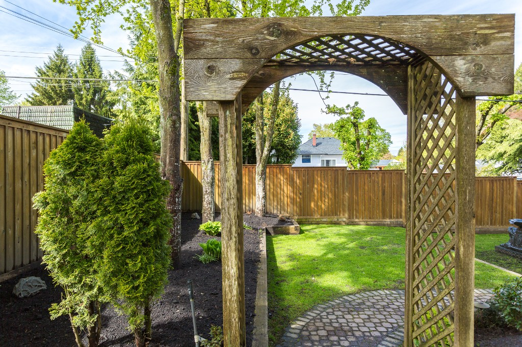 "Photo 33: 1375 W KING EDWARD Avenue in Vancouver: Shaughnessy House for sale in ""1ST SHAUGHNESSY"" (Vancouver West)  : MLS® # V1119114"