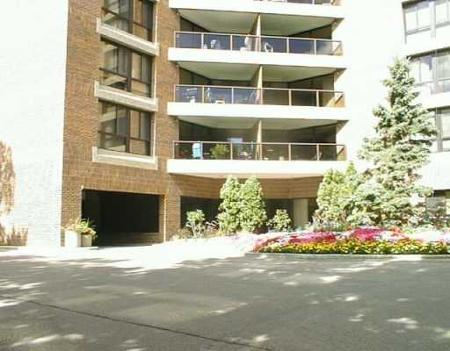 Main Photo: 202-255 Wellington Cres in : MB REA for sale : MLS(r) # 2513050