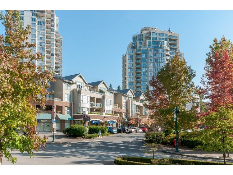 "Photo 2: 607 200 NEWPORT Drive in PORT MOODY: North Shore Pt Moody Condo for sale in ""THE ELGIN AT NEWPORT VILLAGE"" (Port Moody)  : MLS® # R2006065"