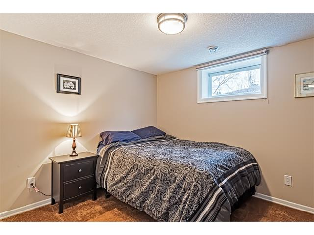 Photo 17: 210 WESTMINSTER Drive SW in Calgary: Westgate House for sale : MLS® # C4044926