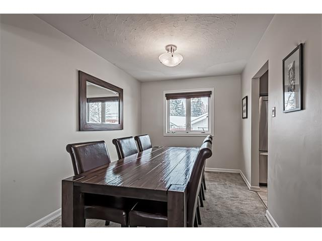 Photo 6: 210 WESTMINSTER Drive SW in Calgary: Westgate House for sale : MLS® # C4044926
