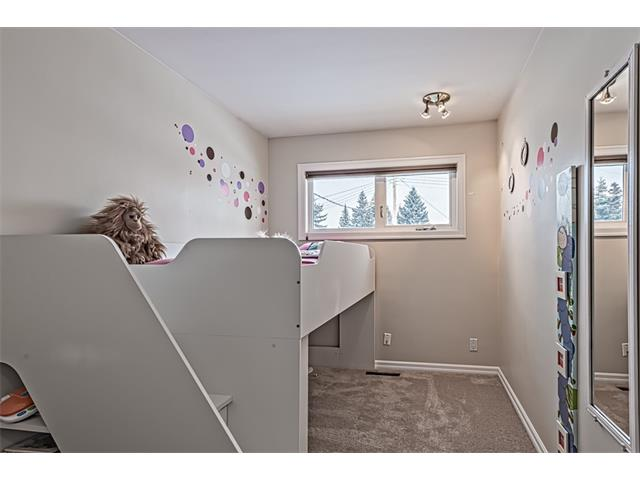 Photo 12: 210 WESTMINSTER Drive SW in Calgary: Westgate House for sale : MLS® # C4044926