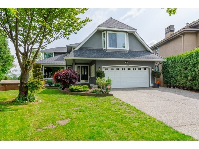 "Main Photo: 21582 84 Avenue in Langley: Walnut Grove House for sale in ""WALNUT GROVE"" : MLS® # R2061824"