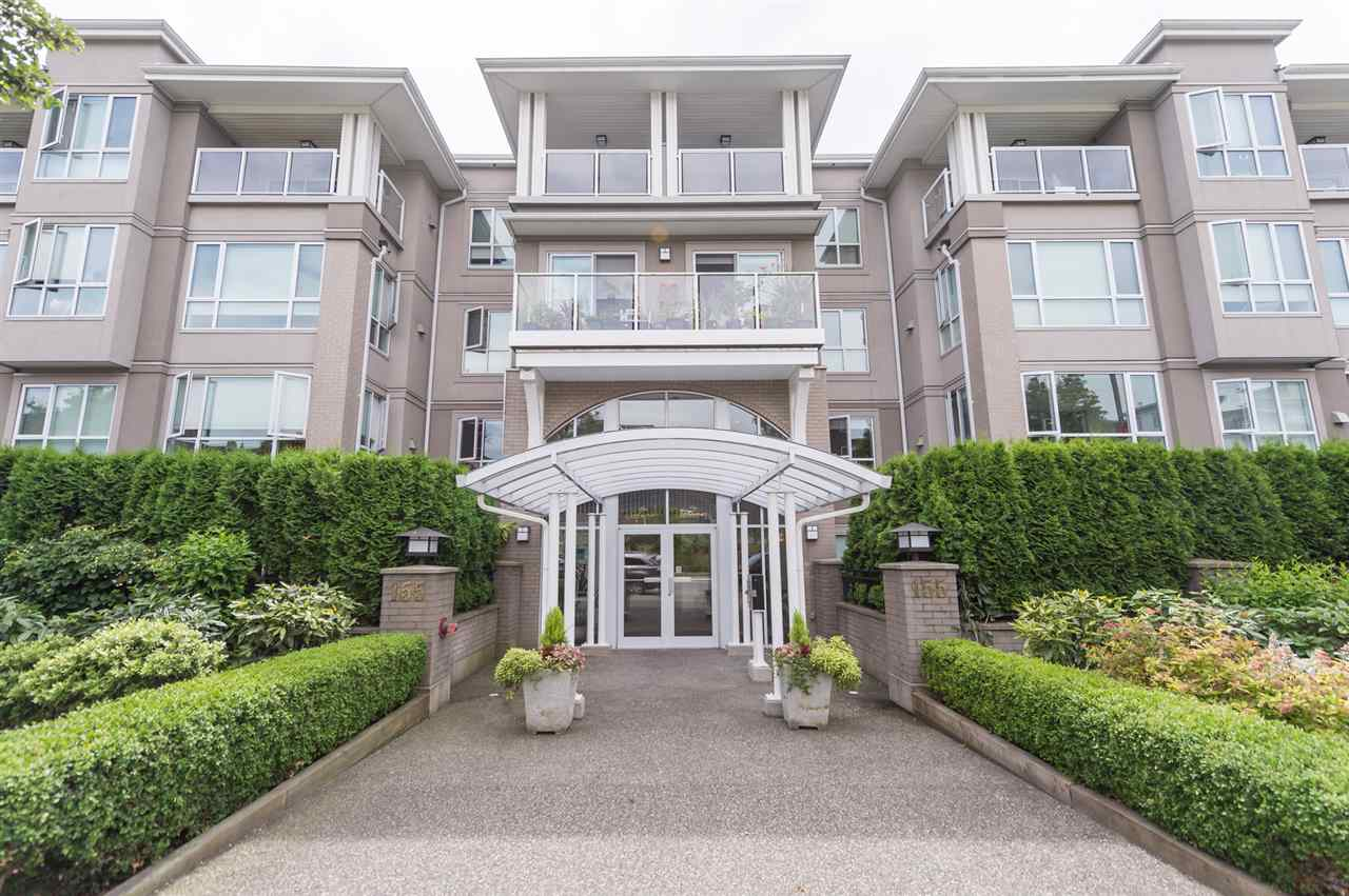 "Main Photo: 109 155 E 3RD Street in North Vancouver: Lower Lonsdale Condo for sale in ""The Solano"" : MLS(r) # R2105943"