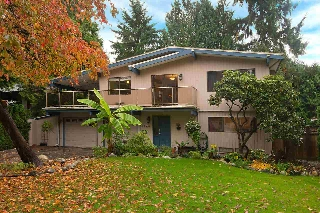 "Main Photo: 3328 CORNWALL Street in Port Coquitlam: Lincoln Park PQ House for sale in ""LINCOLN PARK"" : MLS(r) # R2117856"