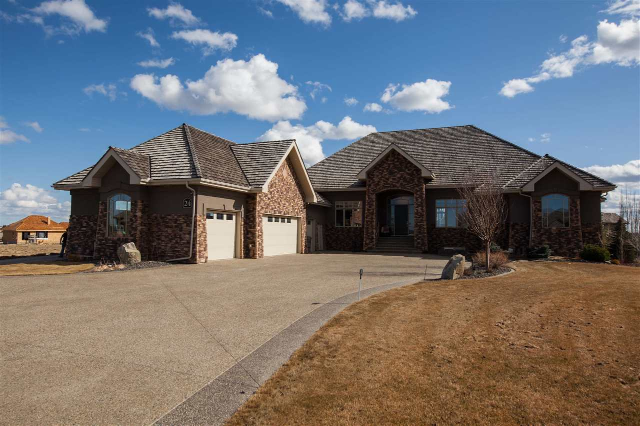 Main Photo: 24 Riverridge Crescent: Rural Sturgeon County House for sale : MLS(r) # E4050615