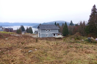 Main Photo: LOT 20 COURTNEY ROAD in Gibsons: Gibsons & Area Home for sale (Sunshine Coast)  : MLS(r) # R2139787