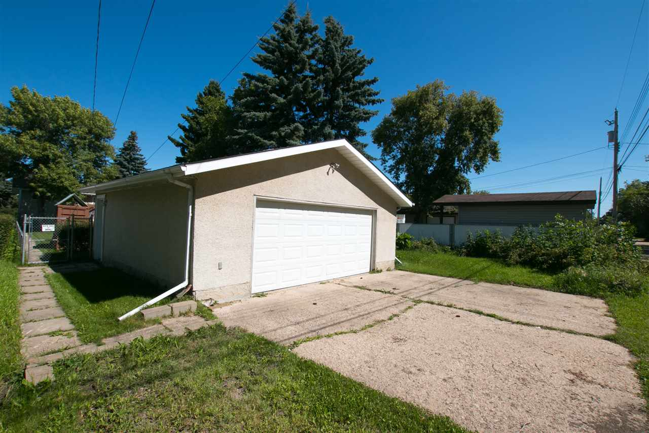 Photo 27: 10707 103 Street: Westlock House for sale : MLS® # E4051669