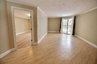 Main Photo: 121 13111 140 Avenue in Edmonton: Zone 27 Condo for sale : MLS(r) # E4053597