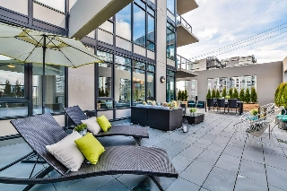 "Main Photo: 207 1788 ONTARIO Street in Vancouver: False Creek Condo for sale in ""PROXIMITY"" (Vancouver West)  : MLS(r) # R2146103"