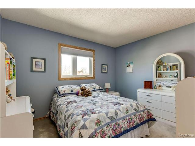 Photo 15: 14 CLAYMORE Place in East St Paul: Glengarry Park Residential for sale (3P)  : MLS® # 1705566