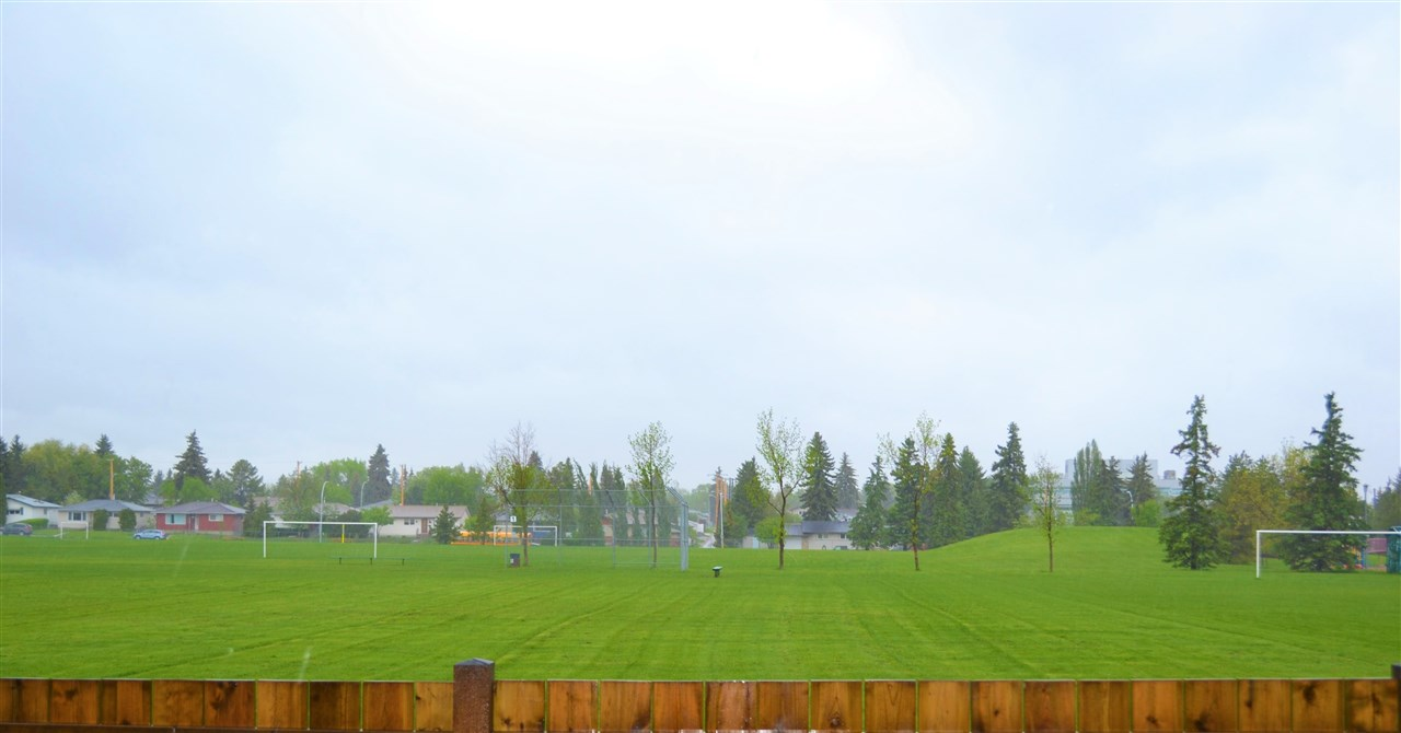 Fantastic view backing onto a field/park.
