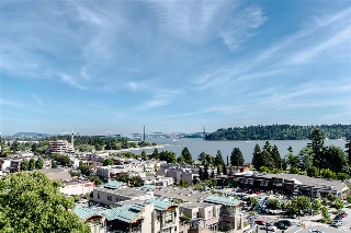"Main Photo: 404 1730 DUCHESS Street in West Vancouver: Ambleside Condo for sale in ""Wedgewood Terrace"" : MLS(r) # R2175036"