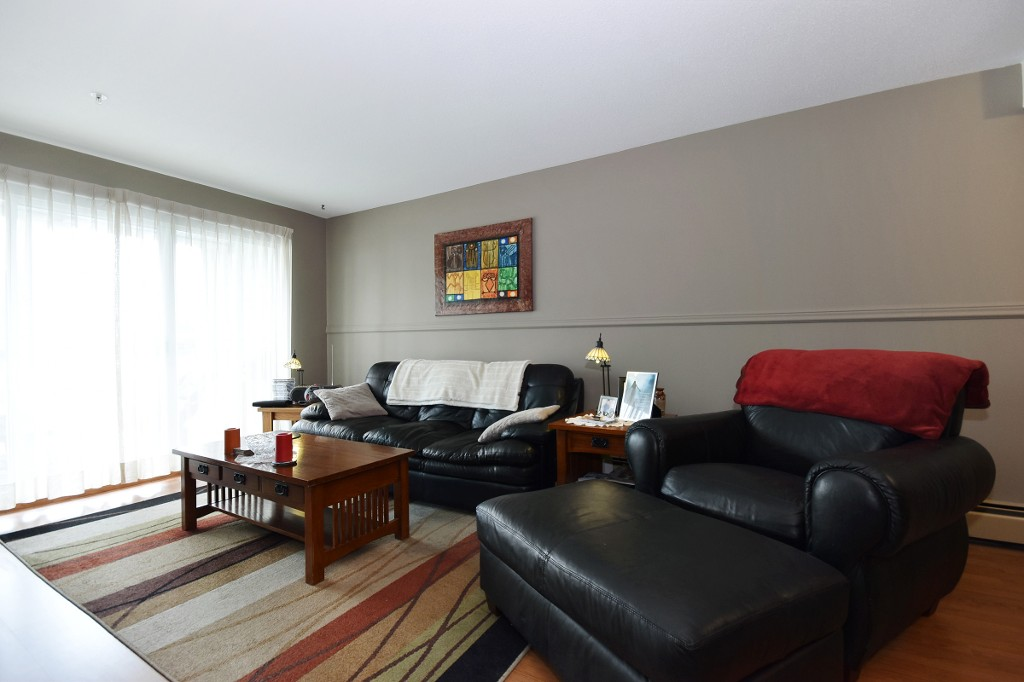 "Photo 4: 103 31850 UNION Avenue in Abbotsford: Abbotsford West Condo for sale in ""FERNWOOD MANOR"" : MLS® # R2178233"
