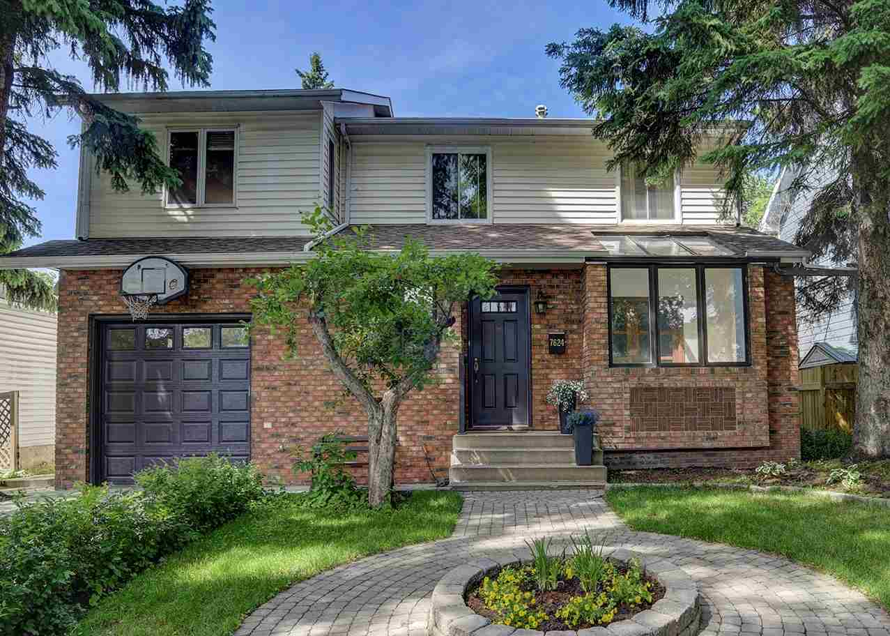 Main Photo: 7624 92 Avenue in Edmonton: Zone 18 House for sale : MLS® # E4069968