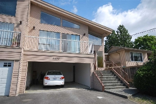 Main Photo: 4473 VICTORY Street in Burnaby: Metrotown House 1/2 Duplex for sale (Burnaby South)  : MLS® # R2182788