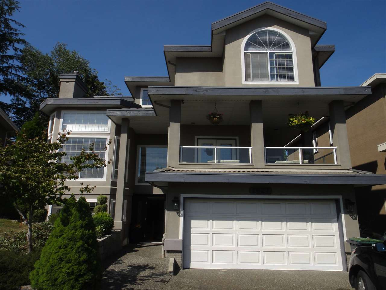 Main Photo: 1627 SUNDEW Place in Coquitlam: Westwood Plateau House for sale : MLS® # R2196837