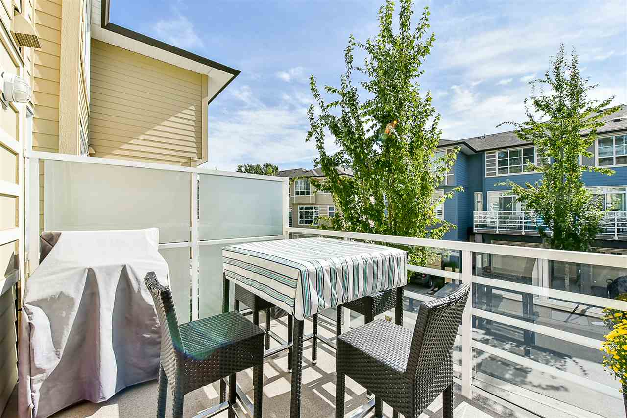 "Photo 8: 55 15405 31 Avenue in Surrey: Grandview Surrey Townhouse for sale in ""Nuvo 2"" (South Surrey White Rock)  : MLS® # R2204415"
