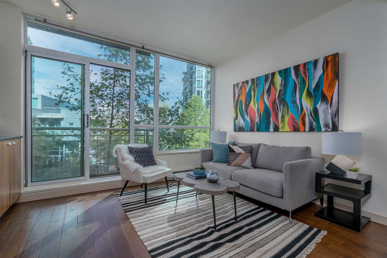 "Main Photo: 308 1478 W HASTINGS Street in Vancouver: Coal Harbour Condo for sale in ""DOCKSIDE"" (Vancouver West)  : MLS® # R2205424"