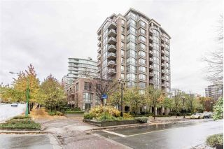 "Main Photo: 1007 170 W 1ST Street in North Vancouver: Lower Lonsdale Condo for sale in ""One Park LAne"" : MLS® # R2221816"