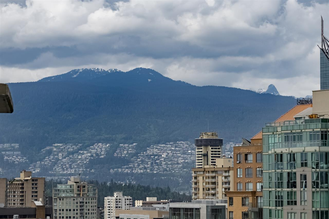 FEATURED LISTING: 2901 - 1255 SEYMOUR Street Vancouver