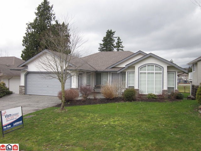 Main Photo: 35133 KOOTENAY Drive in Abbotsford: Abbotsford East House for sale : MLS(r) # F1107296
