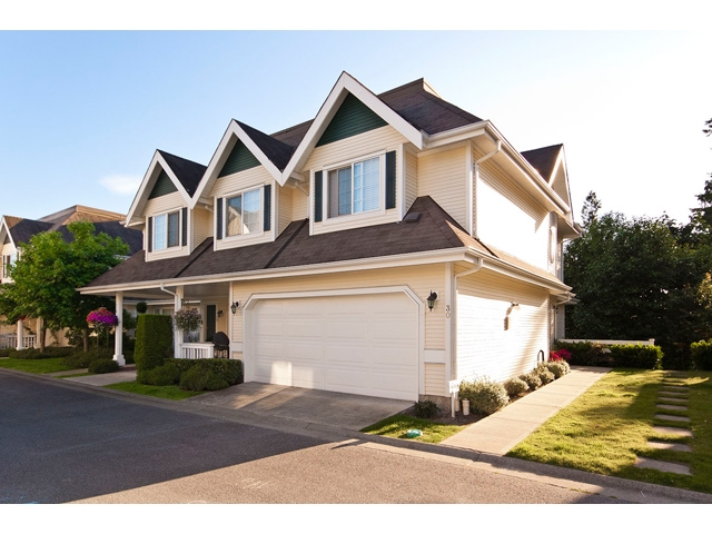 "Main Photo: 30 11355 236TH Street in Maple Ridge: Cottonwood MR Townhouse for sale in ""ROBERTSON RIDGE"" : MLS® # V908874"