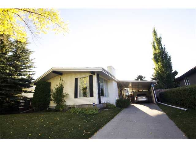 FEATURED LISTING: 6203 LLOYD Crescent Southwest CALGARY
